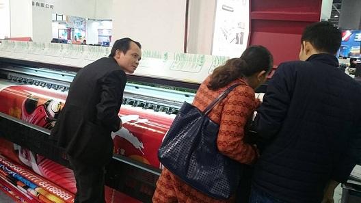 Công ty bigcolor Việt Nam sang thăm và làm việc với đại diện nhà máy Fortune